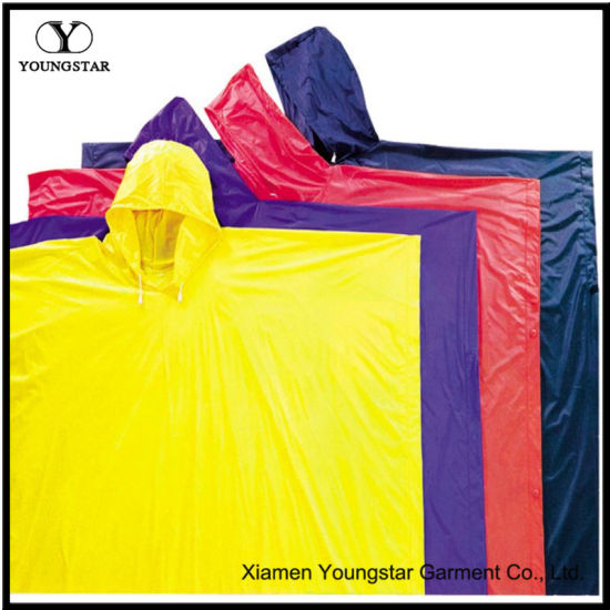 Lightweight Yellow / Purple / Red / Blue PVC Waterproof Rain Poncho