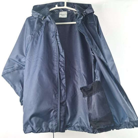 Men′s Raincoat Motorcycle Waterproof and Windproof Rain Jacket [New]