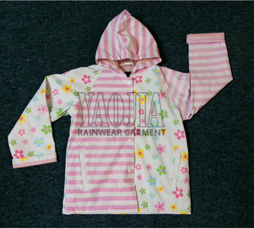 Wholesale Printing PVC Waterproof Rain Jacket for Children
